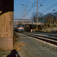 942 South At Bowie (DJ Witty) Tags: amtrak electriclocomotive rr photography railroad kodachrome pentaxk1000 aem7 toaster meatball