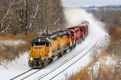 Westbound Blizzard (sdl39hogger) Tags: cp canadianpacific watertownsub up unionpacific littleroackrebuild emd electromotivedivision sd402 sd30 sd60 reeseville wisconsin canon canont6i