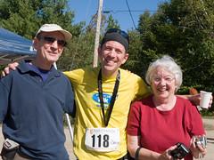 Derek Carroll (andyscamera) Tags: 100mile50mile50km26km2009 canada dad haliburtoncounty haliburtonforest mom ontario andyscamera family race running