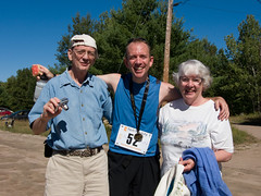 Derek Carroll (andyscamera) Tags: 100mile50mile50km26km2007 canada dad haliburtoncounty haliburtonforest lakekennisis mom ontario andyscamera cottage family race running