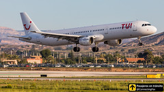 Airbus A321 TUI YL-LDB (ConnectingPax) Tags: airplane airplanes aircraft airport aviation aviones aviación airbus a321 landing alicante alc leal spotting spotters spotter planes canon closeup sunrise tui