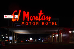 El Montan Motor Hotel (dangr.dave) Tags: sanantonio tx texas downtown historic architecture neon neonsign bexarcounty elmonton elmontan motorhotel motel