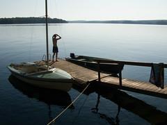 Derek Carroll (andyscamera) Tags: cl16 canada dad haliburtoncounty lakekennisis ontario andyscamera boat boats cottage dock family lake sailboat