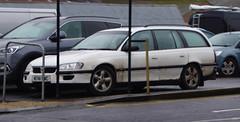 1995 Vauxhall Omega 2.5 Td Gls Estate (>Tiarnán 21<) Tags: omega m741wwc m741 wwc white estate omegalul