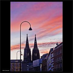 Morgenrot (dolorix) Tags: dolorix köln cologne dom cathedral sunrise morgenrot