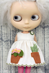 Plant Touch This (Button Arcade) Tags: artfire buttonarcade blythe dress pockets wool felt