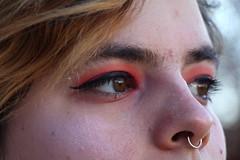Cliché (FrançoiseEve) Tags: yeux visage portrait maquillage eyeliner percing cheveux regard couleurs