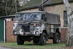 PYD 385P (Nivek.Old.Gold) Tags: 1976 land rover 101 forward control softtop 3500cc army