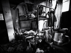 And So to Bed (Feldore) Tags: hongkong ma wan ghost village abandoned house bed bunk clothes urbex feldore mchugh huawei p30 pro haunted spooky