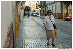 . . (Matías Brëa) Tags: calle street photography social documentalismo documentary color personas people gente