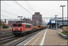 DB Cargo 1611+Kettinghor, Amersfoort, 25-10-2019 (Allard Bezoen) Tags: trein zug lok alsthom gec mte 1600 1611 locomotief lokomotieve locomotive nez cassé db deutsche bahn cargo dbc kettinghor werktrein amersfoort station