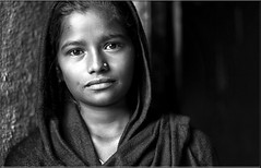 India - Gujarat (mokyphotography) Tags: india gujarat g r reportage ritratti ragazza people portrait persone picture person portraits photographer travel