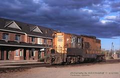 (SEE & HEAR)---ONR 1605, Cochrane, ONT.   9-13-1999 (jackdk) Tags: train railroad railway roster locomotive locomotiveroster emd emdgp9 emdgp7 gp9 gp7 gmd gmdgp9 onr ontarionorthland ontarionorthlandrailway standardcab seeandhear seehear cochrane cochraneontario ontario canada station cochranestation jackmp2945 jackmp294 jack