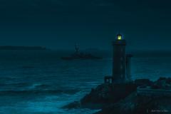 Phare du Petit Minou (jyleroy) Tags: atlantique bretagne finistère latouchetréville bâteaux frégate mer océan paysages pharedupetitminou radedebrest