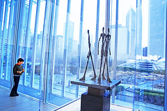 Alberto (kirstiecat) Tags: albertogiacometti threemenwalking artic art artinstitute artinstituteofchicago chicago sculture child kid cityscape landscape blue color colour canon modernart contemporaryart feel mood atmosphere peopleexperiencingart boy garcon