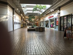 The Market on State St. Athens, OH (Dinotography24) Tags: athens ohio market state street mall
