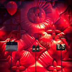 Pennywise shops at Louis Vuitton (Squatbetty) Tags: manchester louisvuitton window shopwindow balloon pennywisetheclown iphone5s windowdisplay