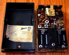 Vintage Zenith Royal 500L Transistor Radio (Chassis View), AM Band, 8 Transistors, Made In USA, Circa 1964