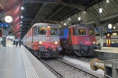 SBB Re 4/4 420 108 + 420 383 Zürich Hbf (daveymills37886) Tags: sbb re 44 420 108 383 zürich hbf 11108 11383 baureihe cargo swiss express
