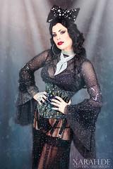 Glitter Glamour (Xarah von den Vielenregen) Tags: xarah xarahvondenvielenregen glitter glamour glitzer burlesque burlesquemodel dark goth gothic corset nylons strapse garterbelt longnails bow bigbow retro vintage darkpinup pinup
