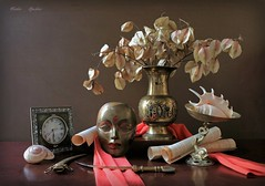 Recollecting  the Fneness of Life (Esther Spektor - Thanks for 16+millions views..) Tags: art composition crativephotography stilllife naturemorte bodegon naturezamorta stilleben naturamorta autumn bouquet pod mask script paper vase stand clock scarf dagger shell time fineness metal silk pattern ambientlight reflection golden bronze brown beige red estherspektor canon