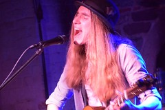 Sawyer Fredericks Babeville Buffalo, NY 1-16-2020  412 (westernny65) Tags: hide your ghost sawyer fredericks jerome gooseman chris thomas gannon ferrel music folk guitar voice rock blues farm organic charity performer hair boots upstate ny flowers for you nyc albany dylan mccartney simon lamontagne langhorne new york tour artist lyrics songwriter independent patreon windrake good storm love nature boston chicago fender bourgeois daryls house buffalo babeville tripi