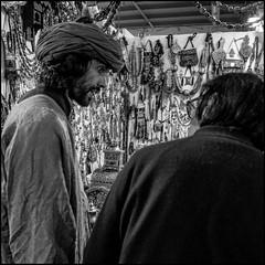 Turban (GColoPhotographer) Tags: milano market bianconero street turbante man portrait bw streephotography
