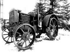 Cold Start .... (Mr. Happy Face - Peace :)) Tags: rusty metallic vintage cold start black white art2020 tractor pioneerdays