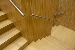 Wooden staircase (Jan van der Wolf) Tags: map2018v hout wood trap staircase stairs stairway monochrome monochroom handrails leuning museumvillamondriaan villamondriaan winterswijk architecture architectuur trappenhuis