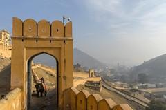 Palacio fortificado Amber, Jaipur. (Victoria.....a secas.) Tags: india jaipur amber palacio palace