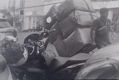 (supachoke choeimalai) Tags: ilford hp5 plus film bangkok thailand rolleicord 120