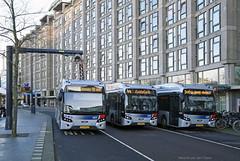 Elektrisch trio (Maurits van den Toorn) Tags: bus stadsbus citybus vdl ret rotterdam groothandelsgebouw electric hybrid