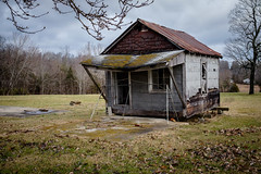 A Building in Fearsville, Kentucky. (Mr. Pick) Tags: fearsville ky kentucky christian county insulbrick tin rood siding decay abandoned rural