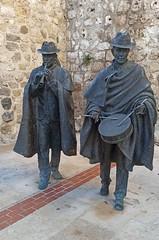 Gaitero y tamborilero (Burgos, Castilla y León. España, 7-1-2020) (Juanje Orío) Tags: 2020 burgos provinciadeburgos castillayleón españa espagne espanha espanya spain europa europe eu europeanunion unióneuropea ue escultura sculpture art arte música