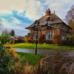 Photo of The lodge in Beaumont park at Lockwood, which is part of Huddersfield,West Yorkshire.