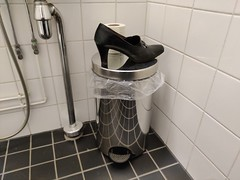 Lonesome high heel in public toilet (abandoned.shoes) Tags: abandoned shoes high heels pumps