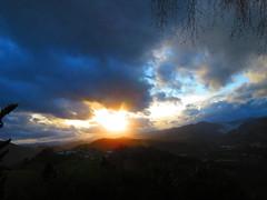 Hacia el ocaso (eitb.eus) Tags: eitbcom 30187 g1 tiemponaturaleza tiempon2020 invierno gipuzkoa leaburu eduardorecaldeinvierno2020