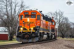 Northbound BNSF Road Switcher Train at Seymour, MO (Mo-Pump) Tags: train railroad railfan railroader railway railroading railroads railfanrailroader locomotive