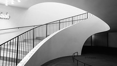 Stair Elphi (petra.foto busy busy busy) Tags: monocrom schwarzweis weis treppengeländer treppe stairs aufgang elbphilharmonie hamburg architektur germany fotopetra sony