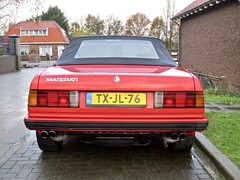 1989 MASERATI Biturbo Spider Zagato (ClassicsOnTheStreet) Tags: txjl76 maserati biturbo spider zagato 1989 maseratibiturbo biturbospider tipoam333 pierangeloandreani marcellogandini cabrio convertible cabriolet 6cylinder 6cilinder v6 pkw voiture 80s 1980s automobile automobiel bil oldtimer classic classico klassieker veteran vintage gespot spotted badhoevedorp sloterweg 2019 straatfoto streetphoto streetview strassenszene straatbeeld classicsonthestreet redcar rood rouge red rot rosso roja sportscar