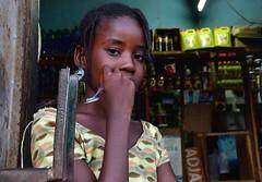 Senegal- Tambacounda (venturidonatella) Tags: senegal africa tambacounda persone people gente gentes portrait ritratto nikon nikond500 d500 colori colors emozione emotion sguardo look occhi eyes ragazza girl donna woman