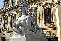 Sphinx statue (Beatrix MK) Tags: belvederepalace vienna wien austria europe art statue woman lion greek