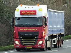DAF XF116 superspacecab from Swijnenburg Holland. (capelleaandenijssel) Tags: 87blz2 truck trailer lorry camion lkw netherlands nl