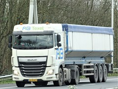 DAF XF106 spacecab from AB Texel Holland. (capelleaandenijssel) Tags: 66bjh5 truck trailer lorry camion lkw netherlands nl