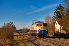 Sonniger Januar. (Korbinian Eckert) Tags: baureihe 110 383 cbb centralbahn bügelfalte postbauerheng eisenbahn railway elektrolok elektrolokomotive