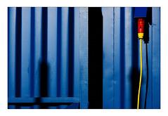 power (Armin Fuchs) Tags: arminfuchs lavillelaplusdangereuse blue yellow red container shadows