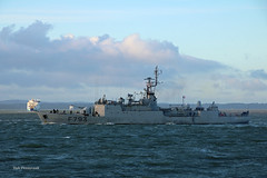 FNS Commandant Blaison (Rob_Pennycook) Tags: f793 frenchnavalship frigate portsmouth solent iow ferries