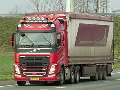 Volvo FH4 globetrotter from unknown Holland. (capelleaandenijssel) Tags: 15bkx6 truck trailer lorry camion lkw netherlands nl