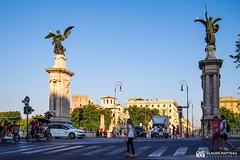 190705-211 L'entrée du pont (2019 Trip) (clamato39) Tags: olympus rome italie europe statue art ville city urban urbain voyage trip pont bridge