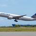 United Airlines Boeing 777-200; N214UA@HNL;10.09.2019